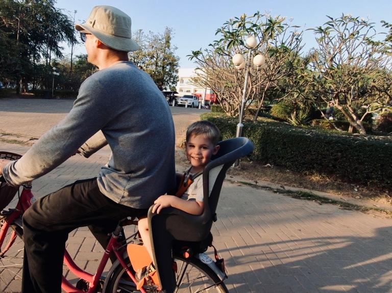Fahrrad_chaoanouvongpark_vientiane_laos