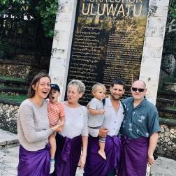 Tempelbesuch mit Familie